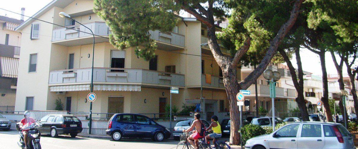 Appartamento-mare-rotonda-6-casa-vacanza-roseto-degli-abruzzi01
