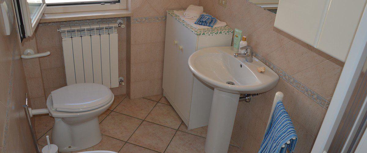 Roseto-degli-Abruzzi-mare-appartamento-rotonda-6-casa-vacanze-18
