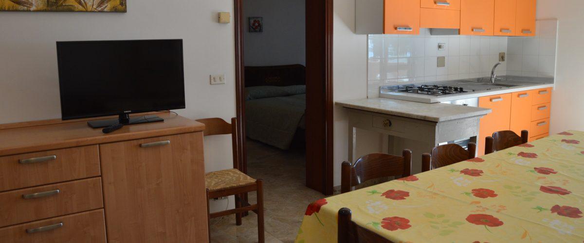 appartamento-vacanza-rotonda4-roseto-degli-abruzzi-soggiorno4