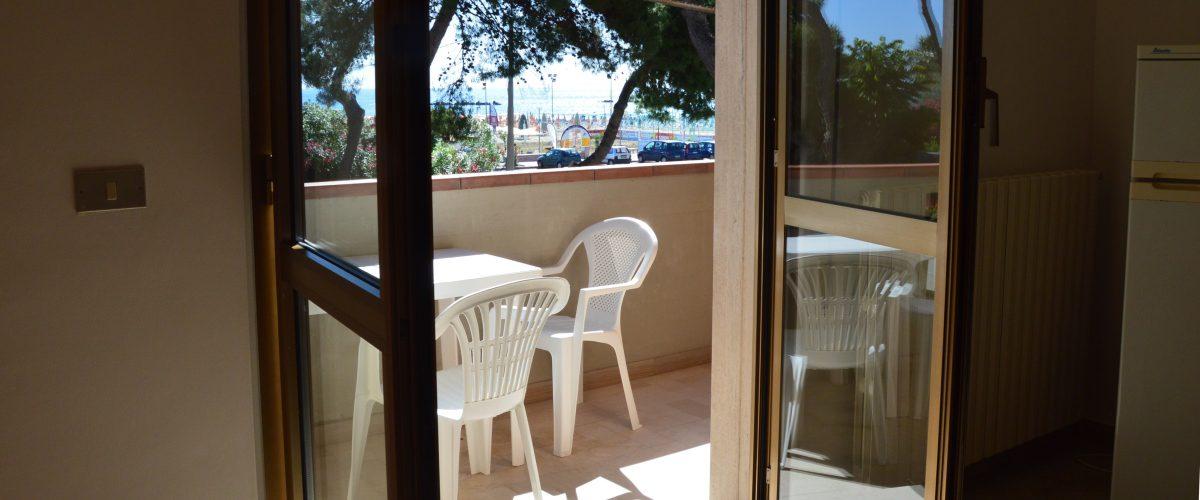 appartamento-vacanza-rotonda4-roseto-degli-abruzzi-terrazzo1