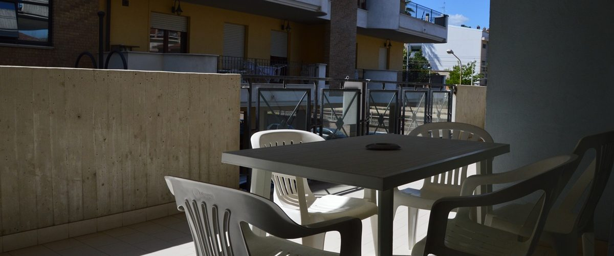 appartamento-vacanze-rosburgo-1-roseto-degli-abruzzi-terrazzo-4