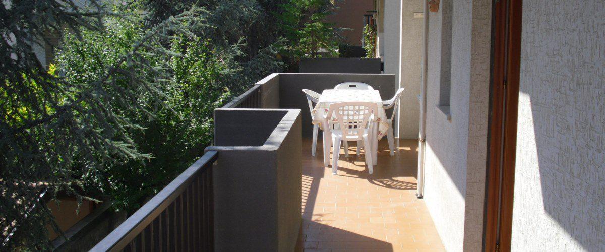 appartamento-vacanze-rotonda-9-roseto-degli-abruzzi-–terrazzo1