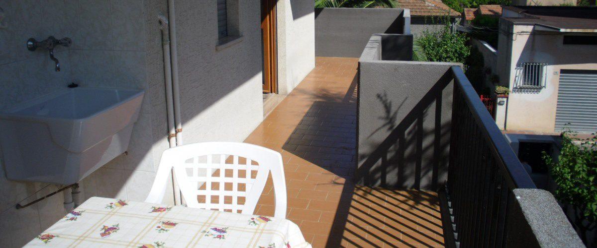 appartamento-vacanze-rotonda-9-roseto-degli-abruzzi-–terrazzo2