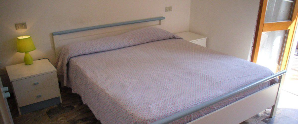 appartamento-vacanze-rotonda-9-roseto-degli-abruzzi-camera1