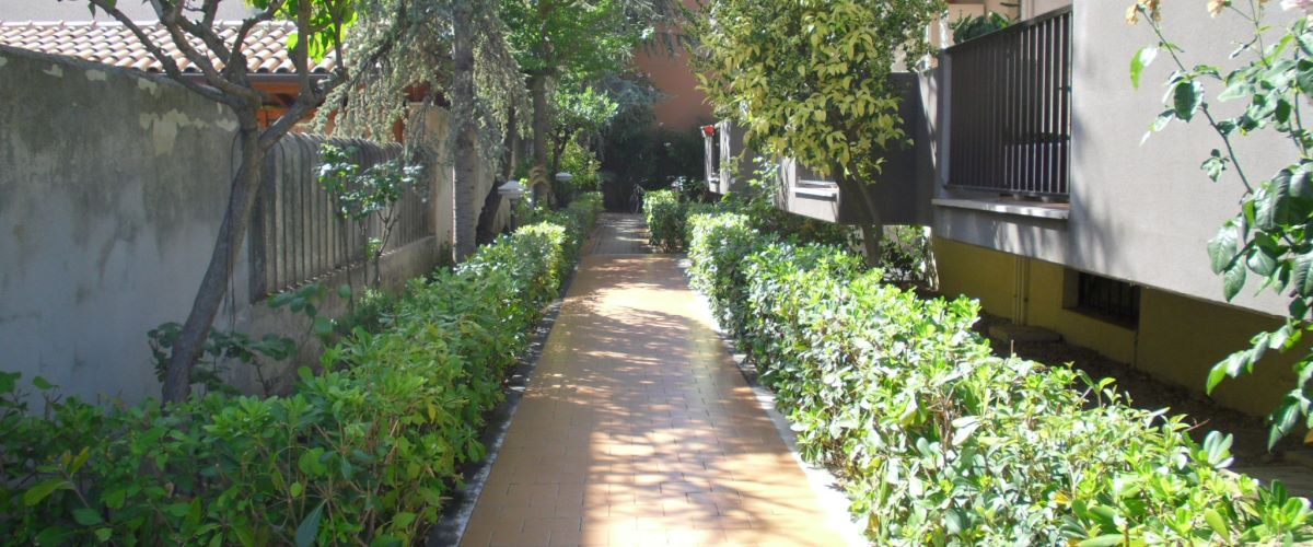 appartamento-vacanze-rotonda-9-roseto-degli-abruzzi-ingresso