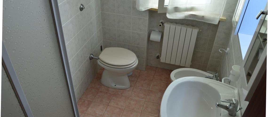 mare-roseto-degli-abruzzi-case-vacanze-appartamenti-rotonda-2