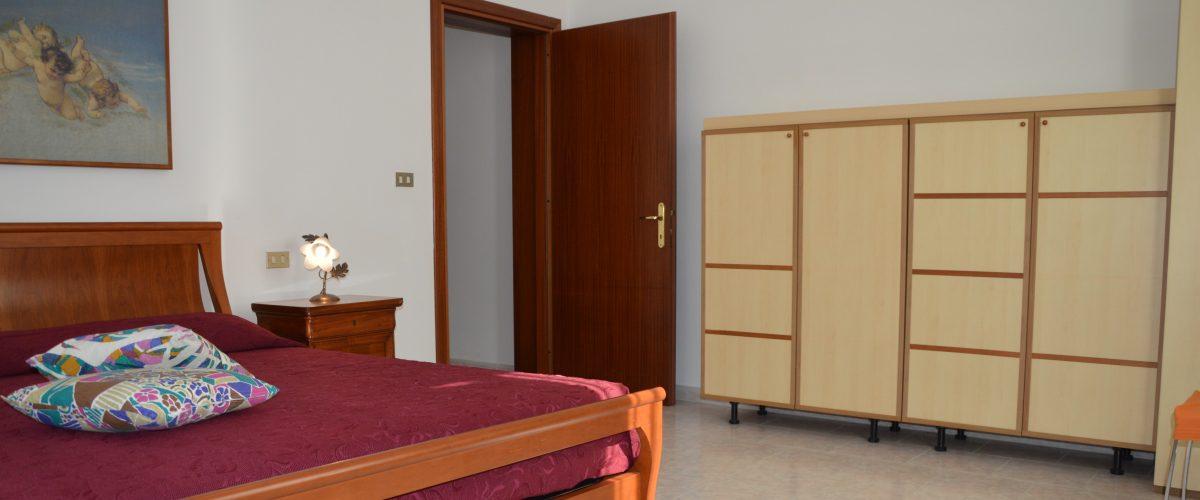 appartamenti-vacanze-roseto-degli-abruzzi-rotonda-1-camera3