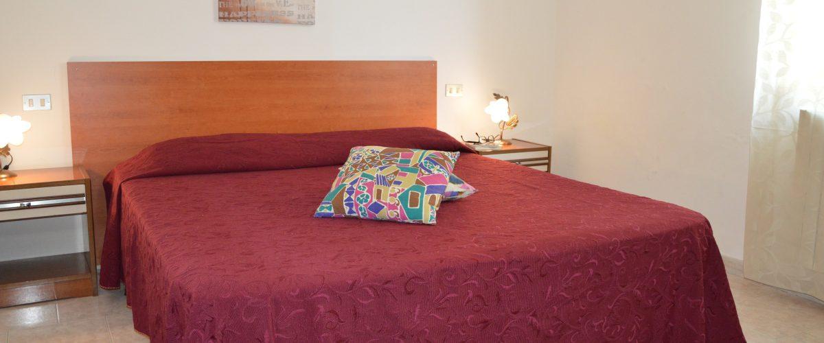 appartamenti-vacanze-roseto-degli-abruzzi-rotonda-1-camera5