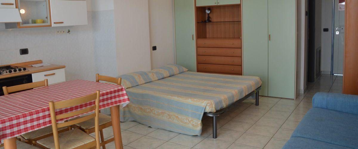 appartamento-vacanze-mono-rosburgo-1-roseto-degli-abruzzi-2