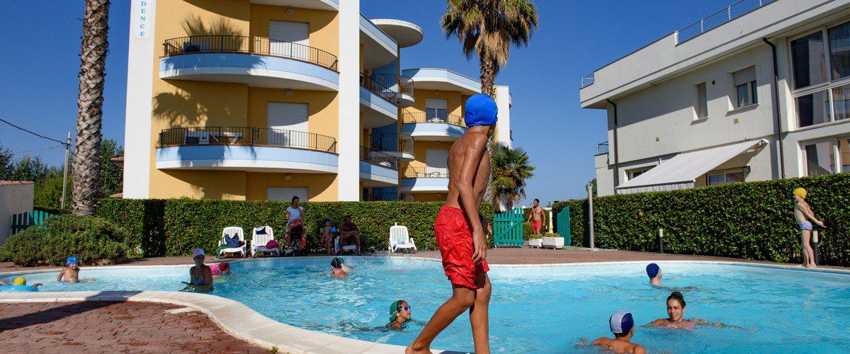 Roseto-degli-Abruzzi-mare-triangolo-residence-appartamenti-piscina10