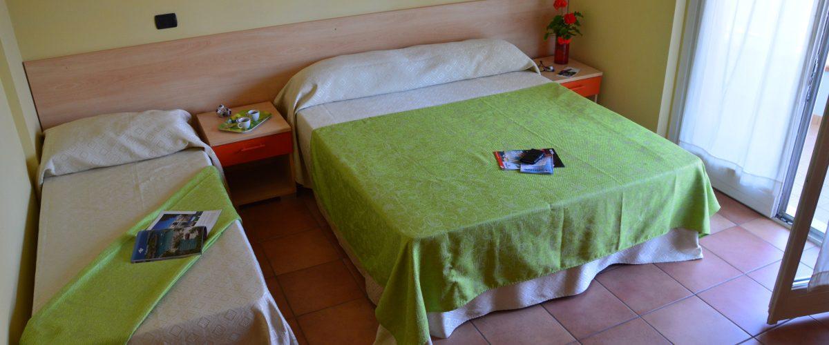 residence-vacanze-triangolo-roseto-degli-abruzzi_camera2