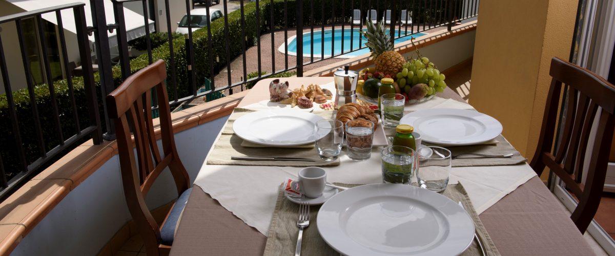 residence-vacanze-triangolo-roseto-degli-abruzzi_terrazzo_1