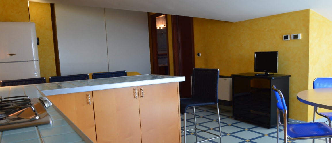 Roseto-degli-Abruzzi-Case-Vacanze-Cerrano-Pineta-34-appartamento-09