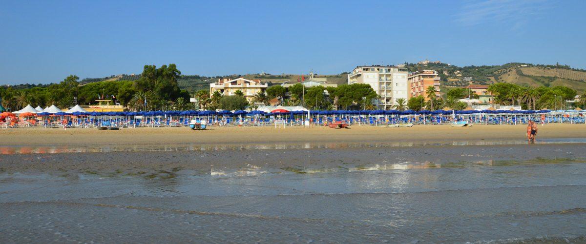 cerrano-vacanze-roseto-degli-abruzzi-pineta-mare-spiaggia-4