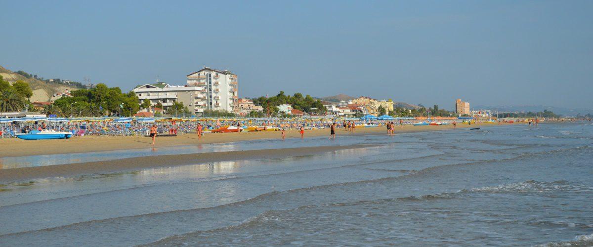 cerrano-vacanze-roseto-degli-abruzzi-pineta-mare-spiaggia-5