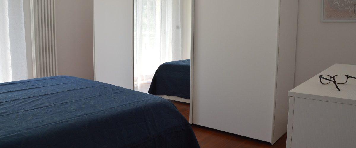 cerrano_vacanze_miramare_quinto_piano_camera1