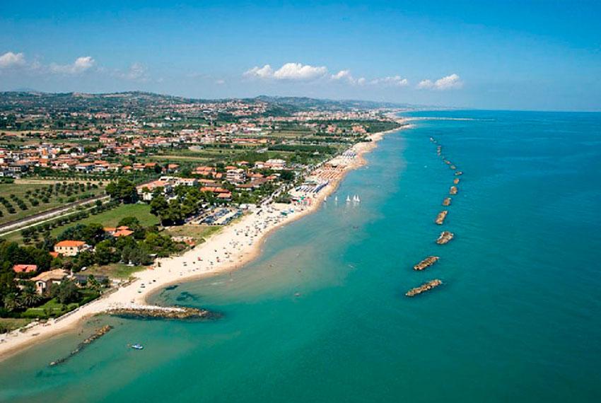 Vacanze-a-roseto-degli-abruzzi-panorama